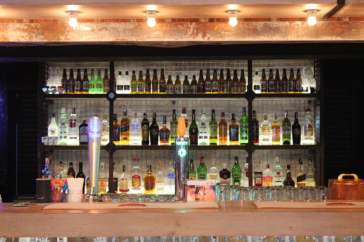 The Garage - Main Bar
