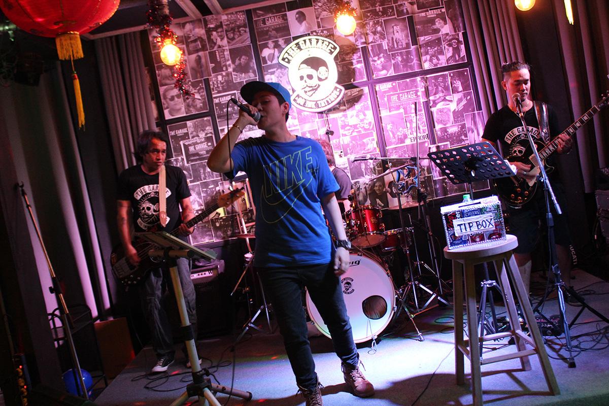 The Garage - Live Band