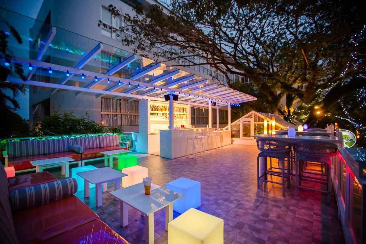Mojito Bar - Exterior View