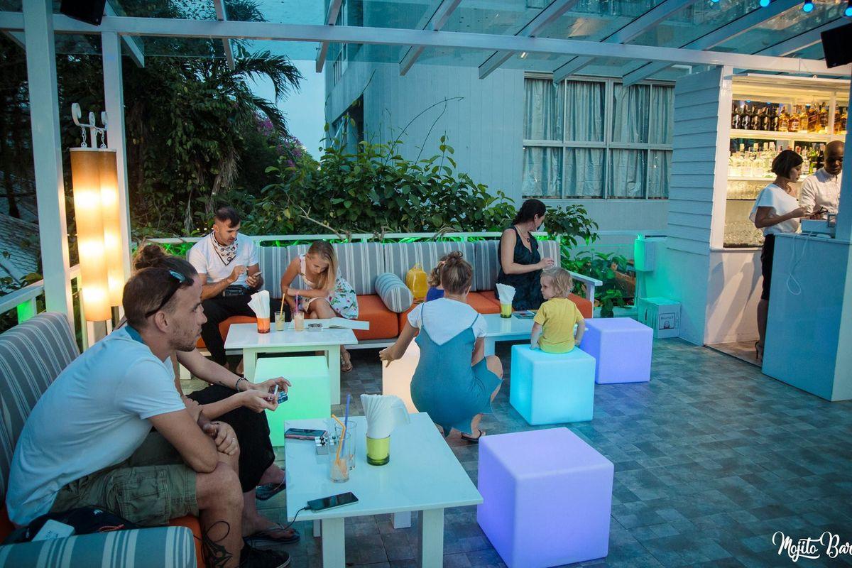 Mojito Bar - Exterior View 2