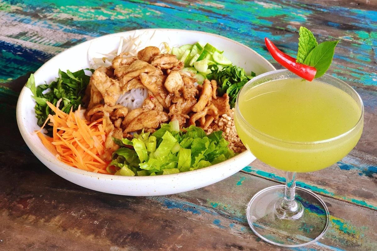 Chalong Bay Restaurant - Food 2