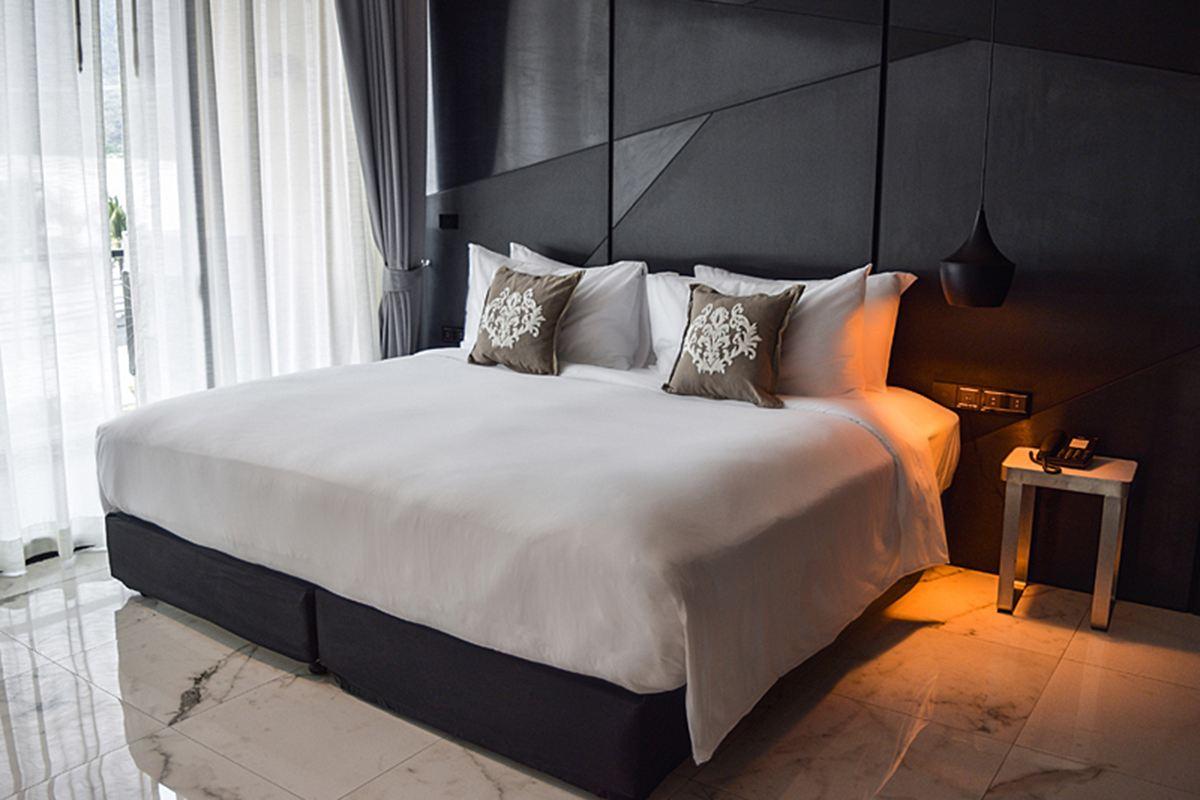 Glam Habitat Hotel - One-Bedroom Suite
