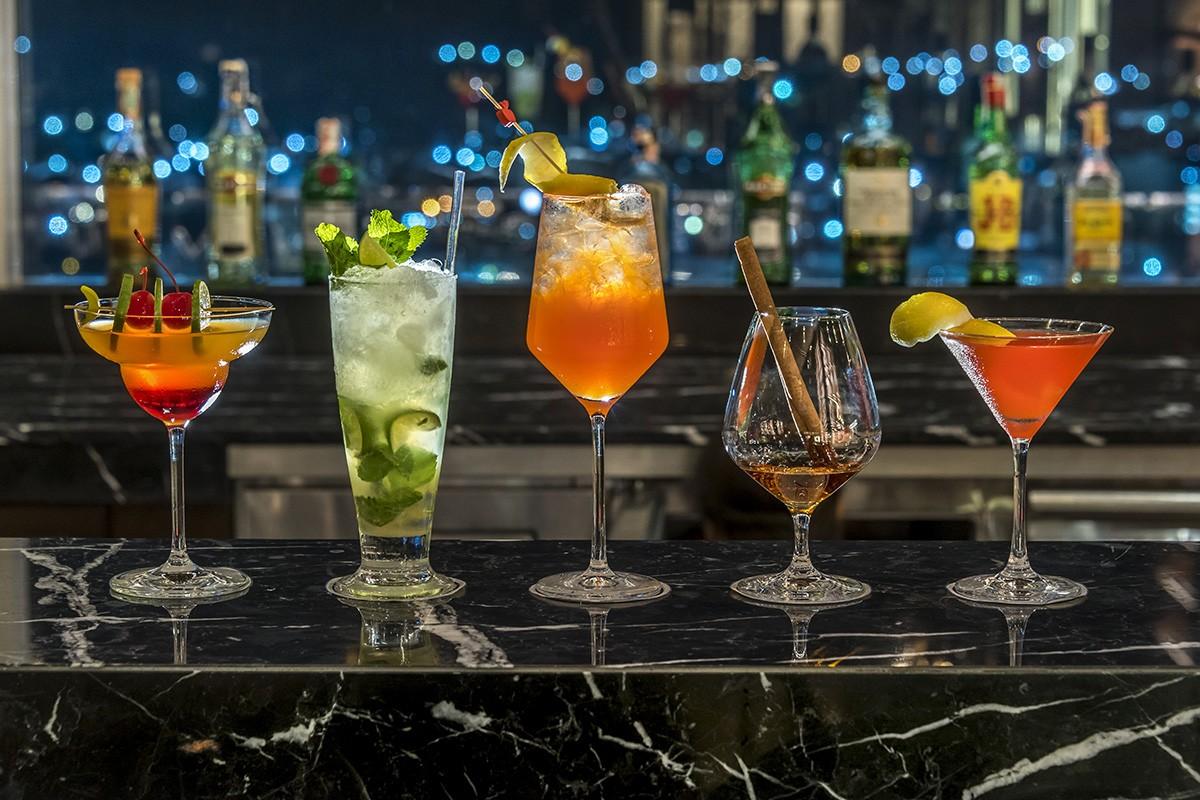 Estrela Sky Lounge - Cocktails