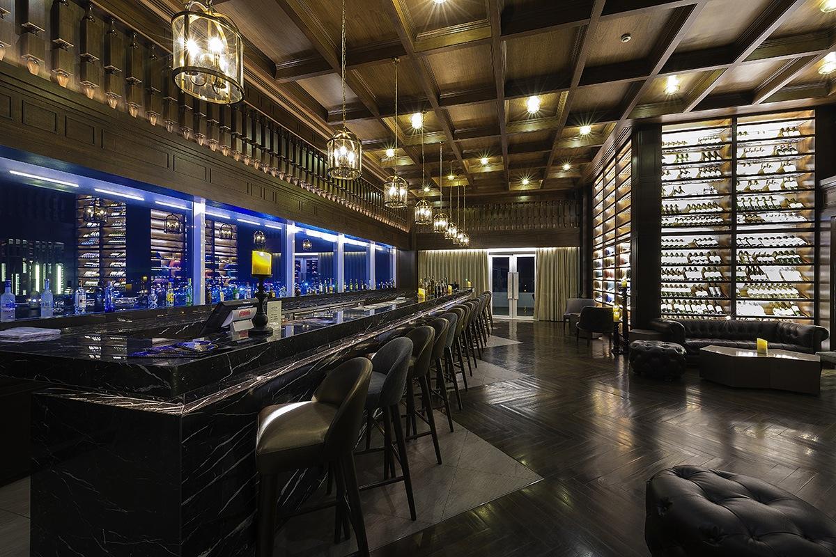 Estrela Sky Lounge - Interior View 3
