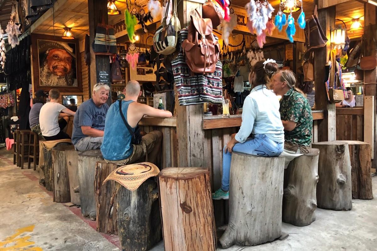 Naka Market - Bar Area