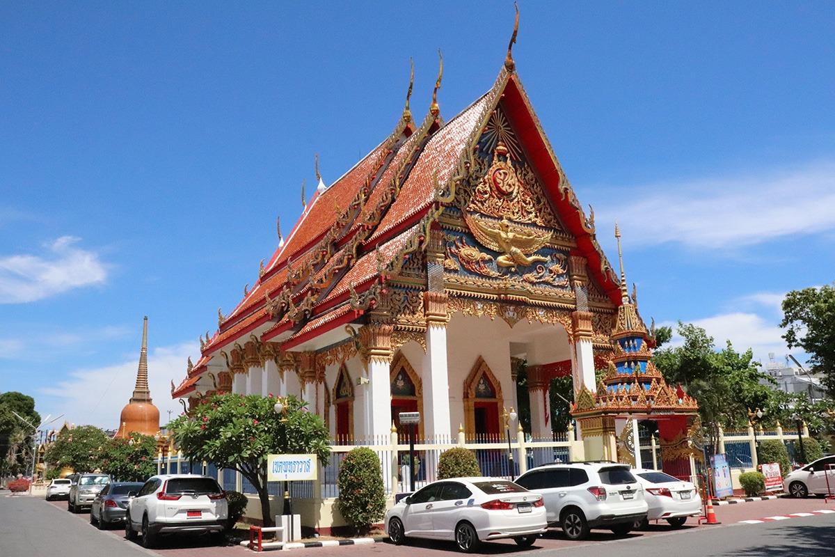 Mongkol Nimit Temple - Main Buildling