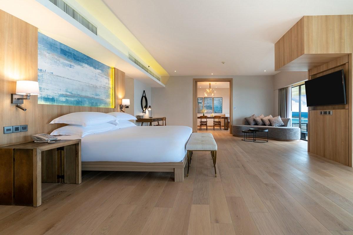 Hilton Phuket Arcadia Resort & Spa - 002