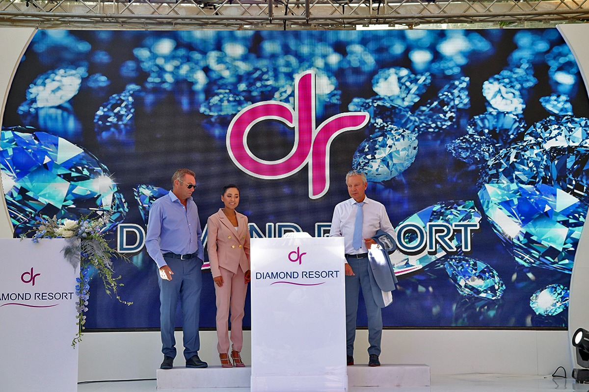 Grand Opening Diamond Resort - 016